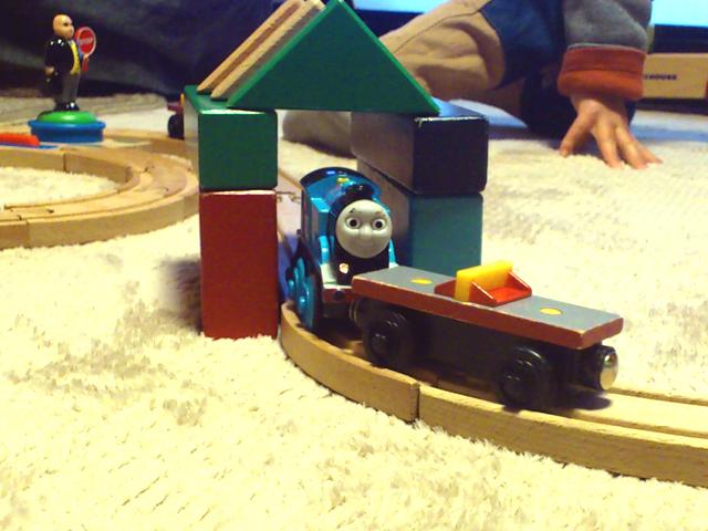 きかんしゃトーマス木製レールと積み木のコラボ