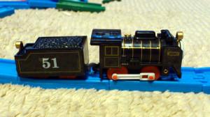横からのショット 炭水車の51番が映えてます