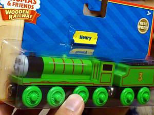 鮮やかな緑色のボディーのヘンリー